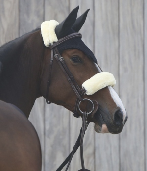 Kentucky Horsewear Nasenriemen Abdeckung Lammfell